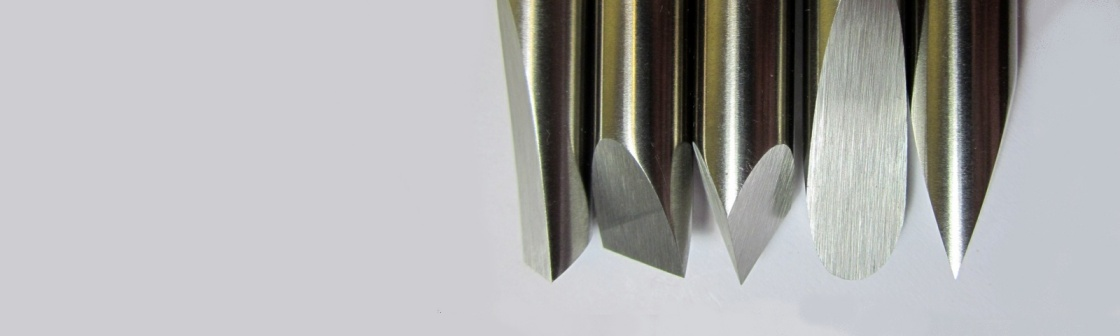 Turning tools in HSS, handled or blade-only